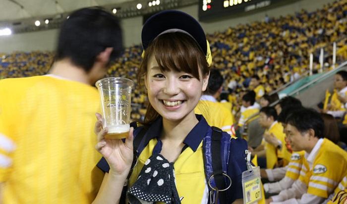 ビール売り子1